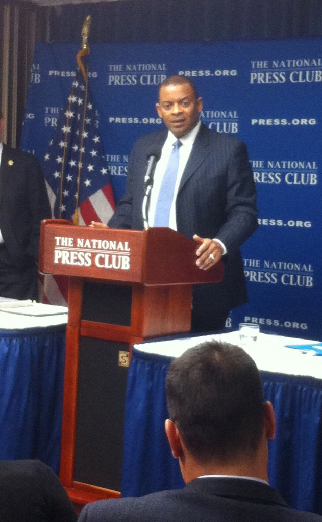 U.S. Department of Transportation Secretary Anthony Foxx speaks at the National Press Club; 9/9/15 - Photo by ASCE