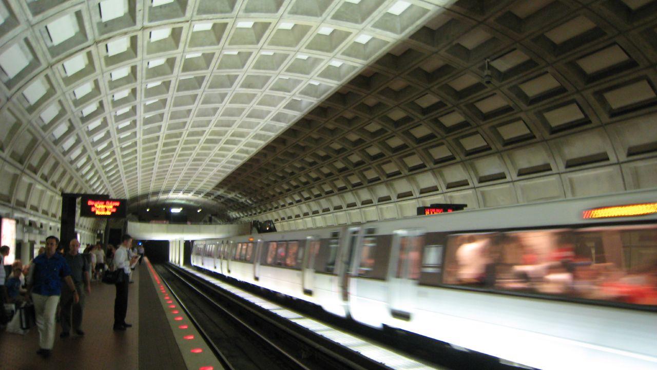 Photo Credit: Isuperwang, DC Metro