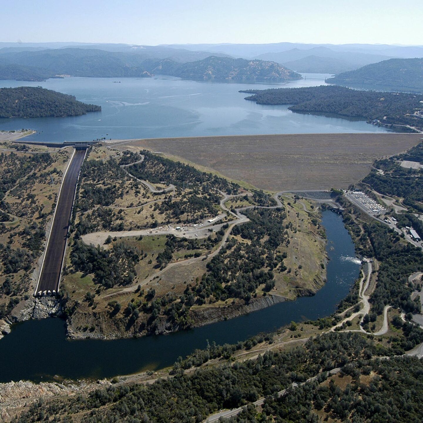 Orville Dam Crisis in California